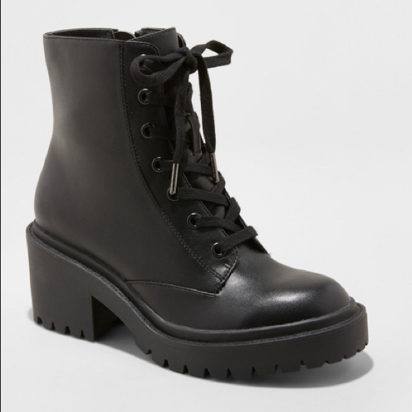 Universal Thread Shoes - **Universal Threads combat Boots